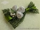 Kitica za rever za goste vjenčanja - Ruže u zelenoj mreži