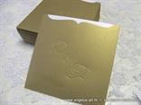 zlatna etuij pozivnica sa monogramom 15x15cm